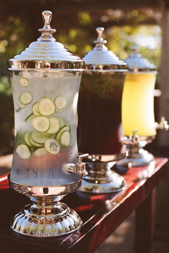 Outdoor wedding ideas summer drinks