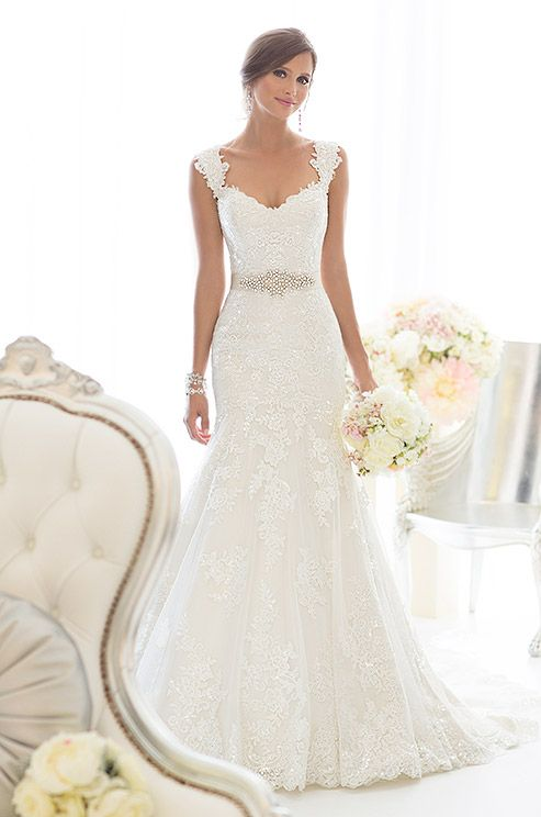 Lace Spring Wedding Dress