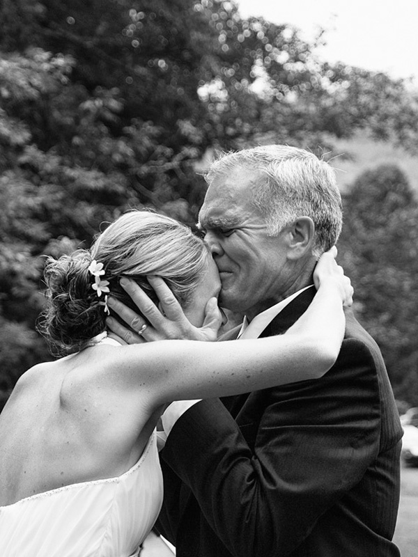 father of the bride photo idea