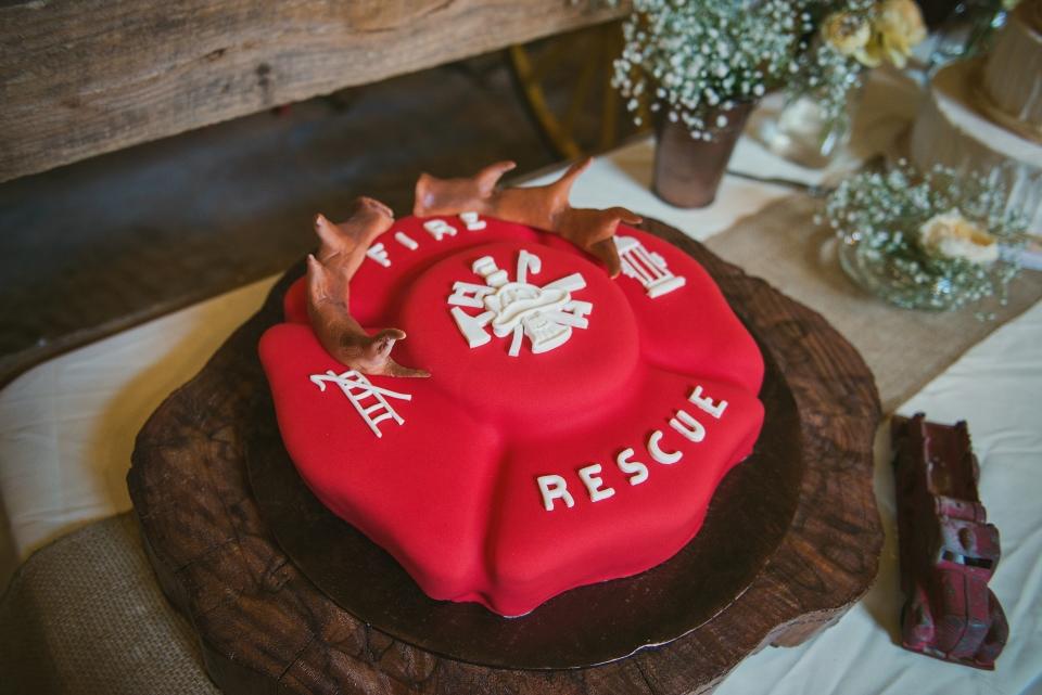 firefighter wedding ideas cake