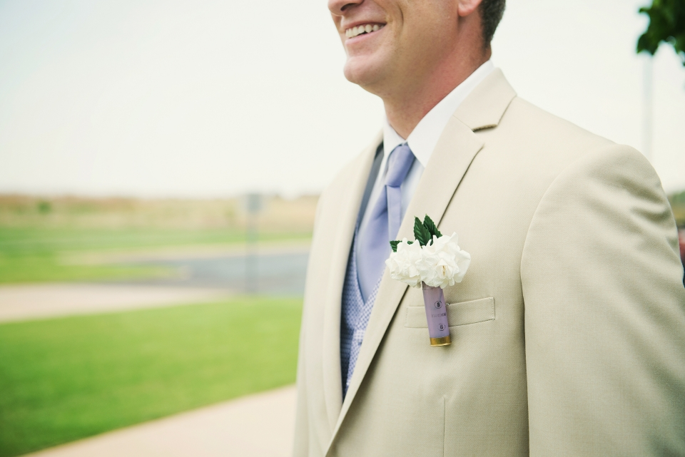 rustic grooms solo picture
