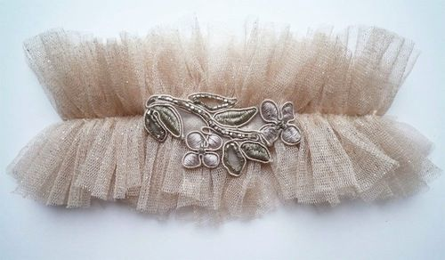 DIY wedding ideas garter