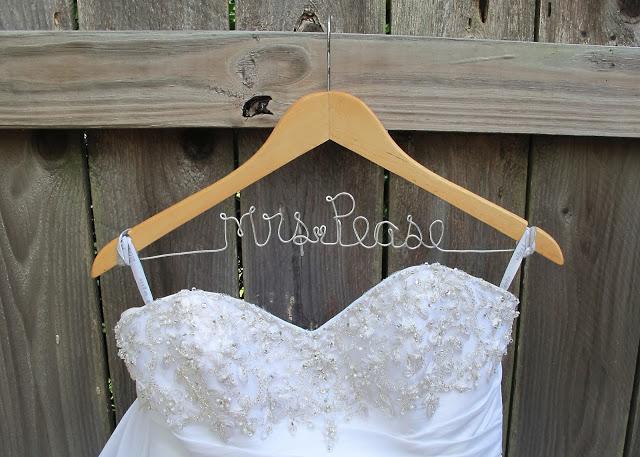 diy wedding ideas hanger