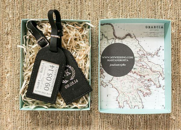 25 Out Of The Box Ideas For Your Destination Wedding: 8 Creative Destination Wedding Invites