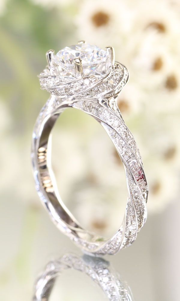 Jaw Dropping Engagement Rings Weddingmix