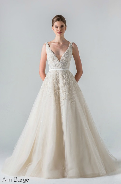 Elegant Wedding Dresses Images : Most elegant wedding dress styles for weddingmix
