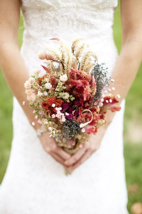 affordable wedding ideas diy dry bouquet