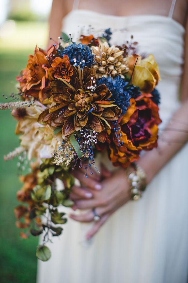 rustic wedding bouquet for fall
