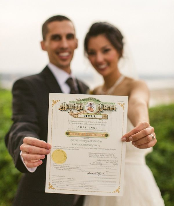 2016 wedding ideas signing marriage license