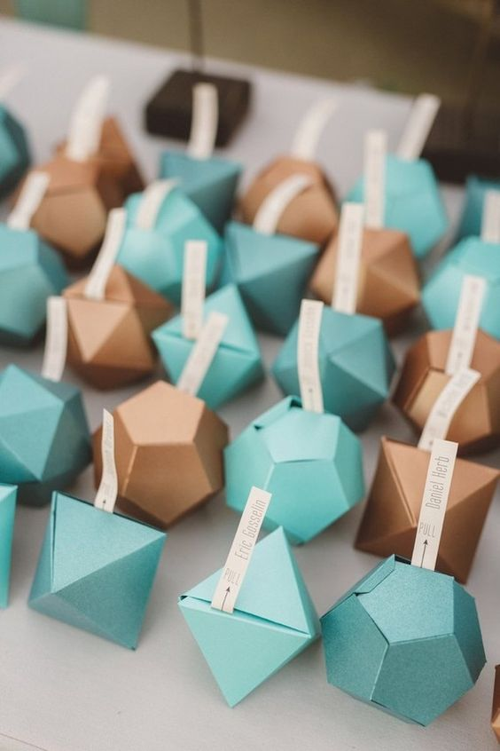 paper origami heart wedding escort cards | 846x564