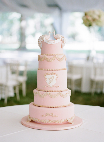 Rose Quartz Pink wedding cake pantone color of the year wedding ideas