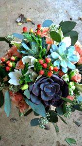 Succulent-peach-centerpiece-Sierra-and-Sky-Placerville
