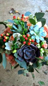 Succulent-peach-centerpiece-Sierra-and-Sky-Placerville