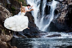 waterfall-trash-the-dress-belize