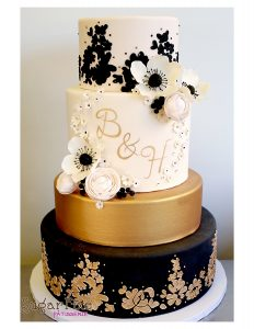 Lace monogram balck gold blush