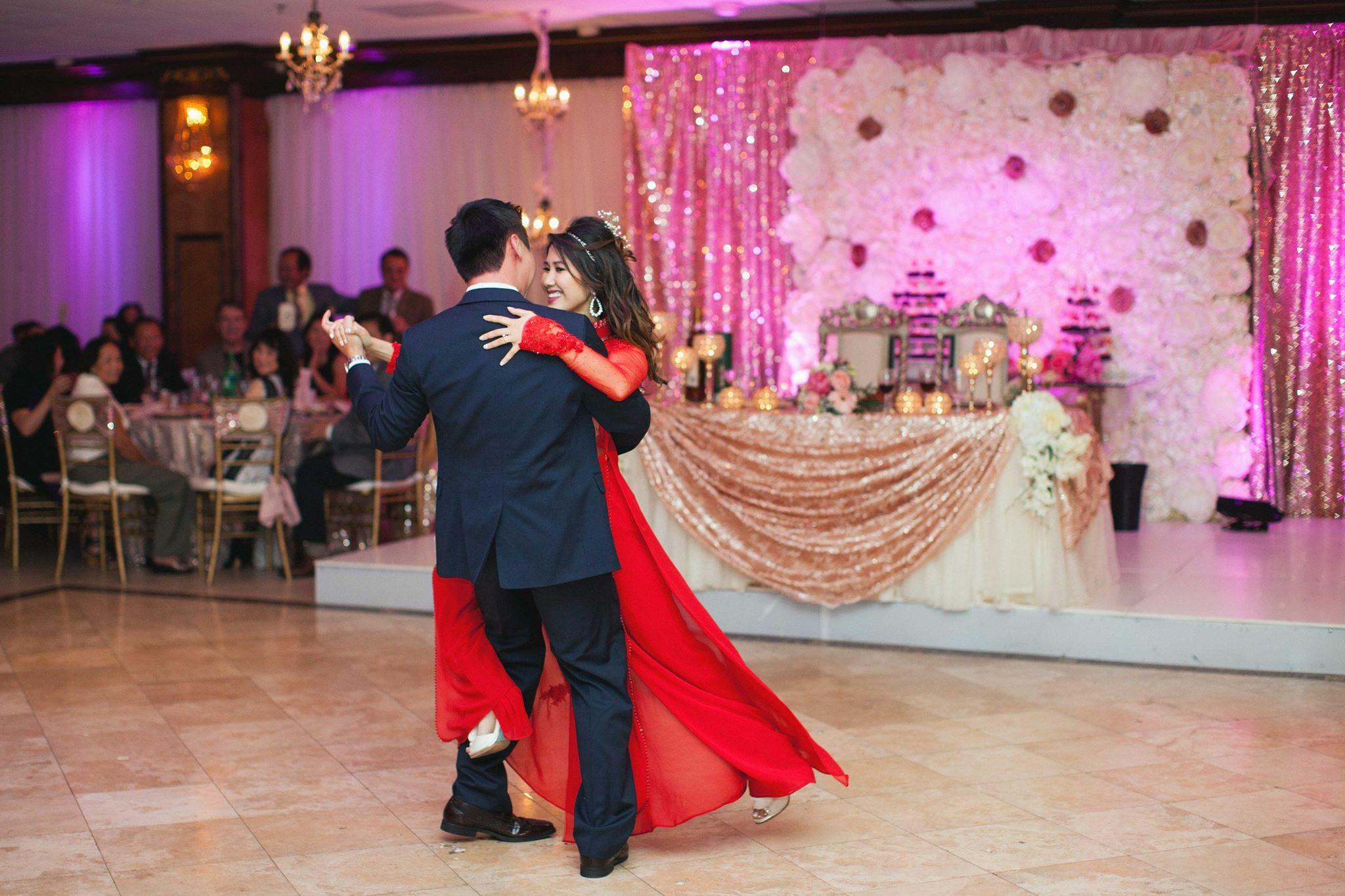 Festive Vietnamese Wedding In Corpus Christi Tx Weddingmix Blog