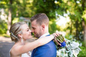 Muskoka wedding video - hug