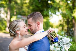 Muskoka wedding video - hug