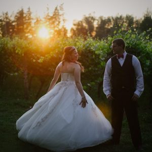 Troutdale wedding video - couple at sunset