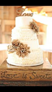 rustic wedding cake rustic wedding DIY ideas you can actually do