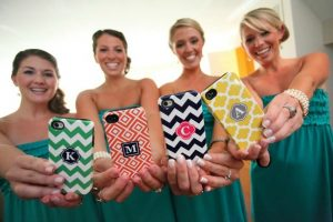 bridesmaids phone cases - wedding smartphone etiquette