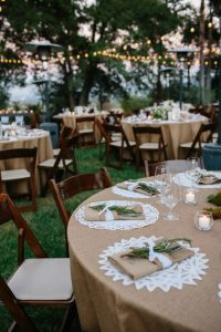 outdoor wedding table settings - outdoor wedding inspiration