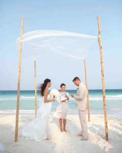 destination wedding hacks