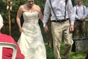 10K River Park Wedding in Grafton, WI