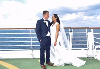 27k Wedding On Royal Caribbean Cruise Weddingmix Blog